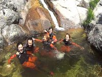 Banandonos en el rio con el neopreno