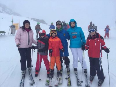 Clase de esquí 3 horas + material en Sierra Nevada
