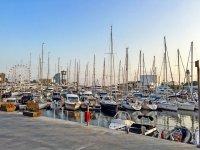 Embarcaciones en el Port de Barcelona