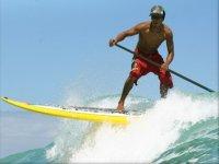 surfeando las olas