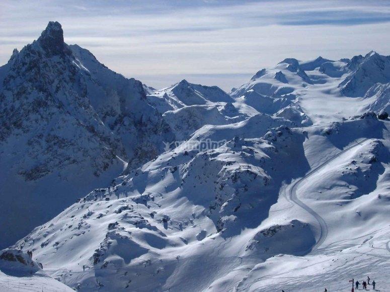 1997年12月的景观 - 通过手榴弹控制滑雪板