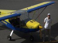 avioneta y piloto