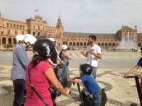 Discovering the city by segway