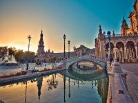 The Plaza de España at dusk