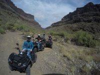 Camino en el monte con quads