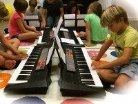 一起弹钢琴
