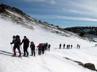 Raquetas de nieve para grupos de amigos