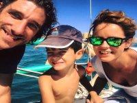 Familia a bordo