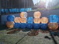 Burbujas para futbol apiladas