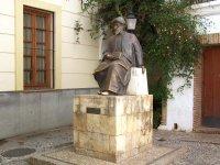 Escultura de Maimonides