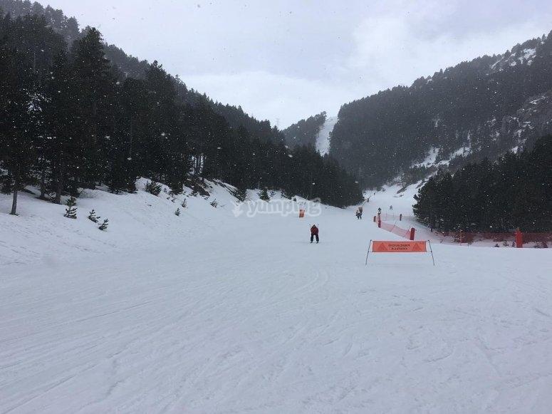 拉莫利纳的一小时滑雪课