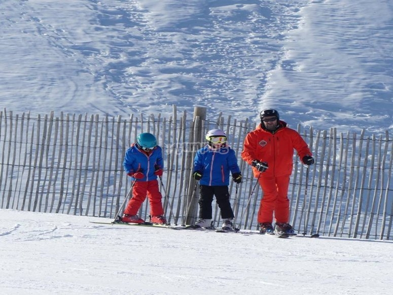 Skiing lessons for two in La Molina