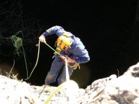 descenso a la cueva