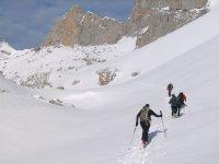Realizando la ruta en la nieve