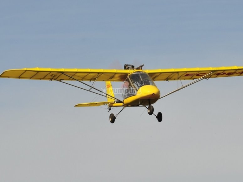 Flying in the ultralight