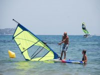 You will learn from the best windsurfers