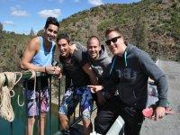 Con los amigos antes del salto