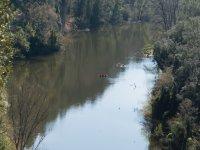 Kayaks por el rio en Esponella