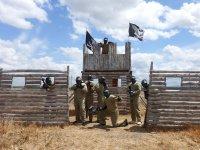 Giocatori difendere la torre