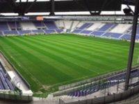 campo profesional de fútbol