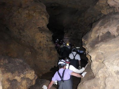 Valle del Pirón Espeleología