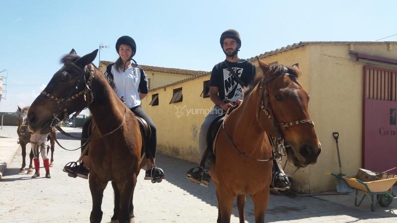 res_o-36145-rutas-a-caballo_de_noelia_14933667331940.jpg