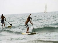 Remando en la tabla de sup