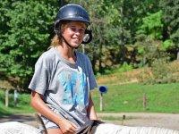 骑马课程在营地