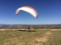 Control of the paragliding on land