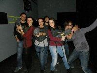 Grupo listo para la experiencia láser