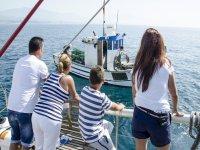 马拉加海岸的渔船游程