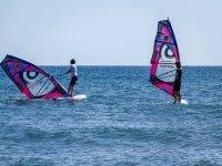 风帆埃尔梅达诺的沙滩上