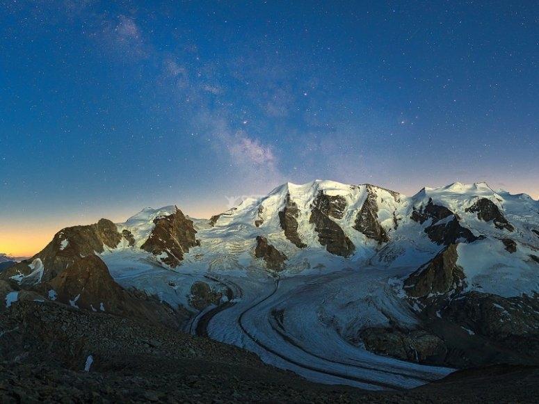 Cordillera al atardecer