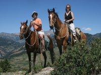 骑马在奥卡尼亚