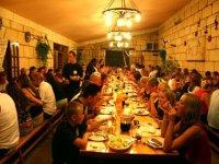 grill dining restaurant