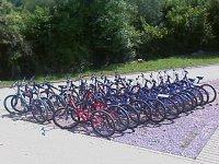 休息我们的自行车