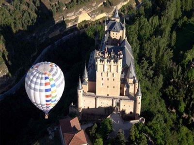 塞戈维亚夫妇的独家气球飞行