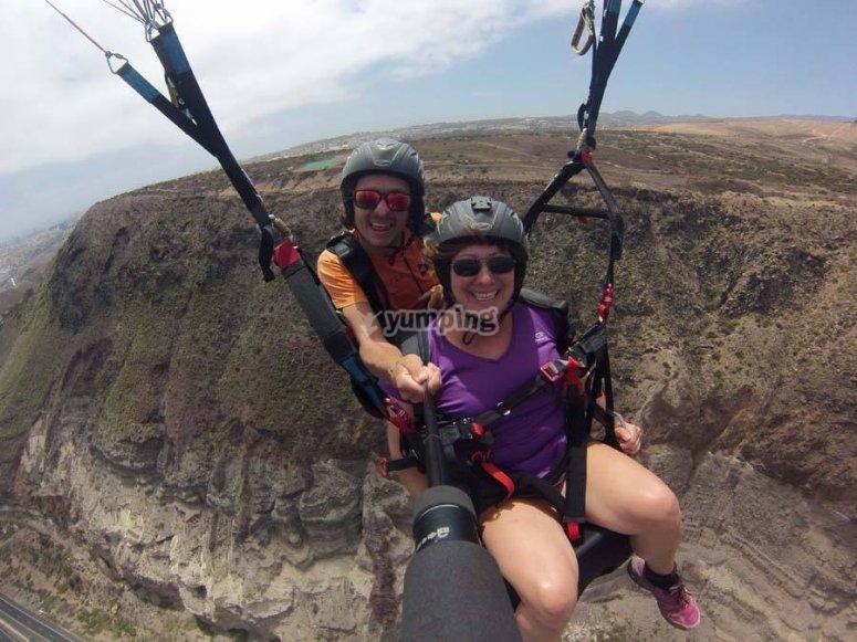 串联滑翔伞飞行特内里费岛海洋串联滑翔伞教练滑翔伞