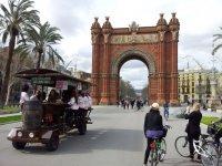Biciloca por el paseo en Barcelona