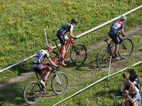 参加btt -999比赛 - 参加自行车比赛