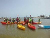Kayak en la playa de Guardamar