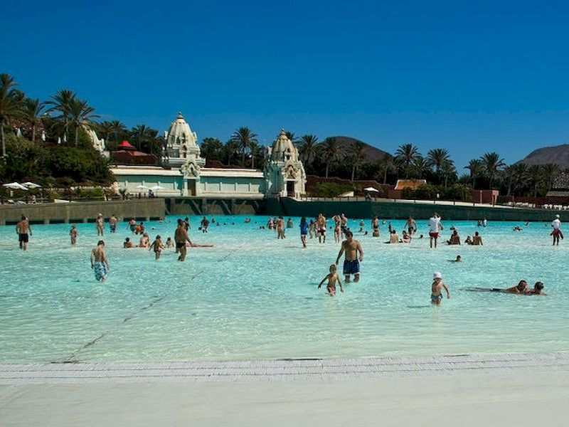 Enormes piscinas