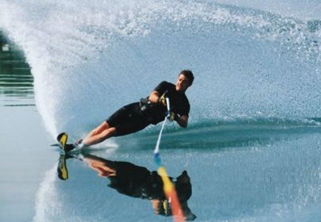 Será difícil esquiar en agua?