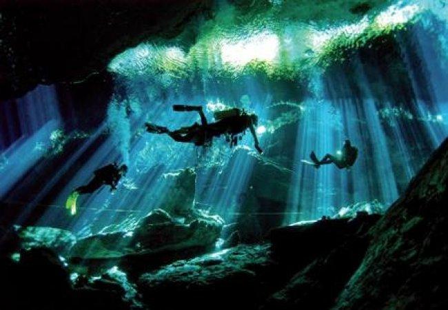 Cuevas bajo el mar
