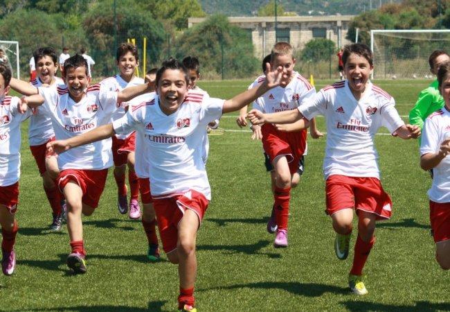 Milan junior camp huelva